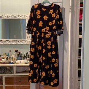 Black floral midi dress M